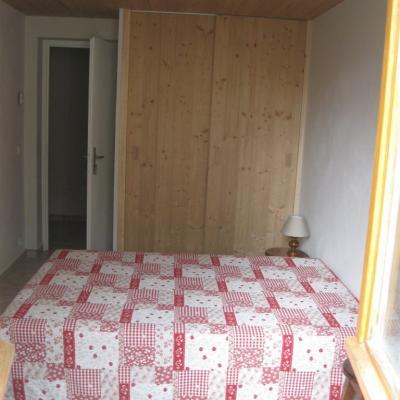 genépi chambre lit double
