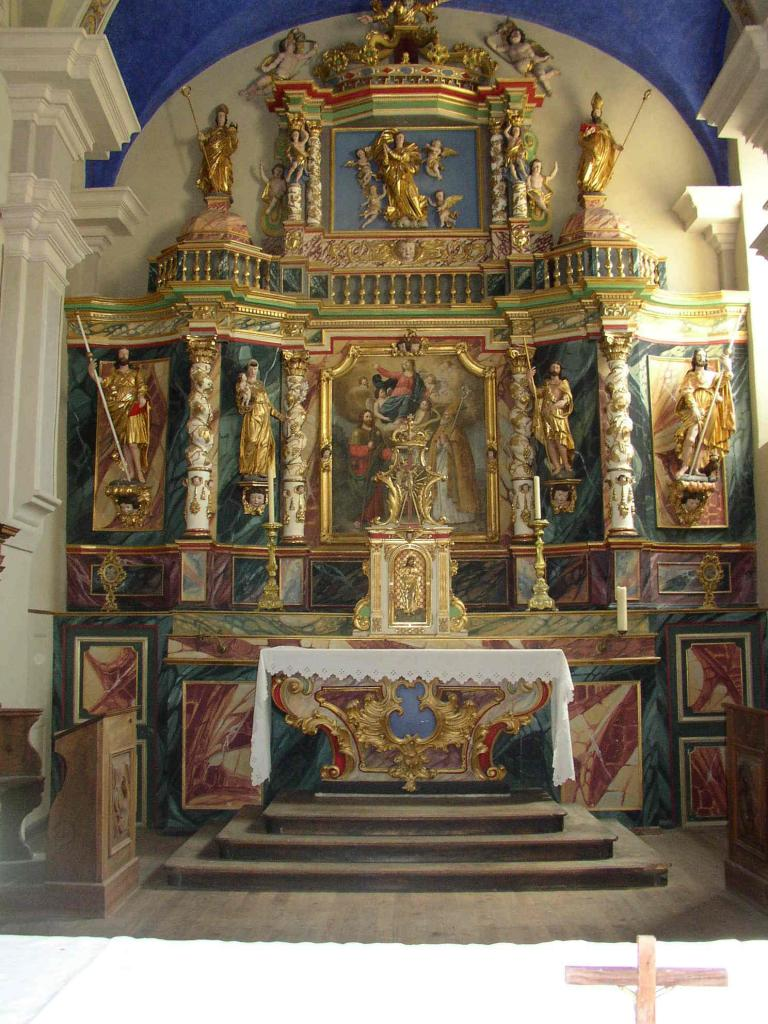 l'église baroque de Longefoy