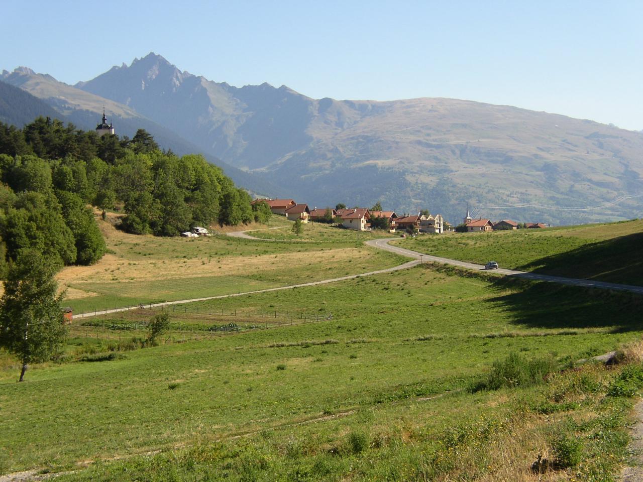 le plateau de Longefoy
